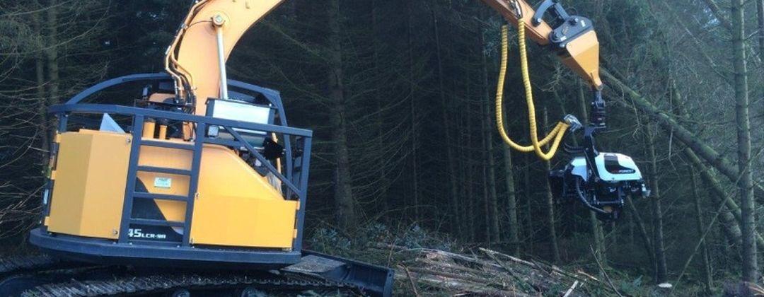 AFM harvesteripäät kaivinkonealustoissa